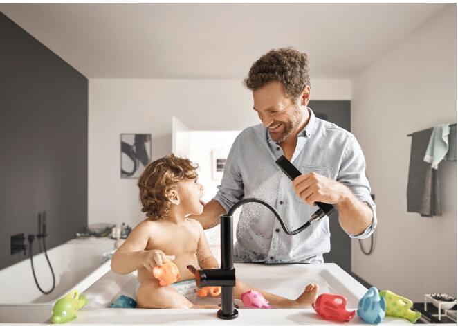 03 FinishPlus个性表面镀层适合应用于有孩子和宠物家庭的浴室空间.jpg
